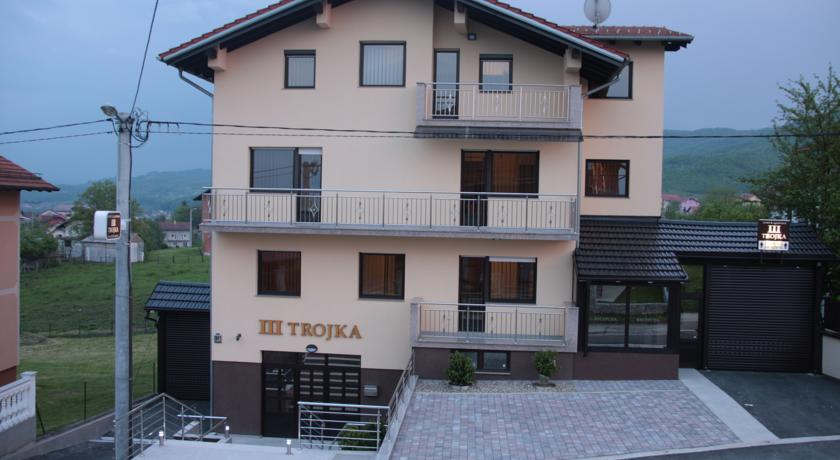 online rezervacije Apartmani Trojka