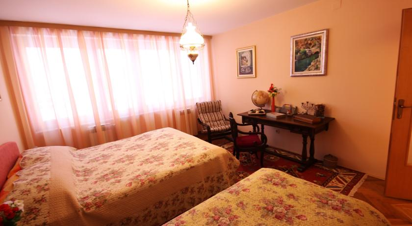 online rezervacije Apartment Antique