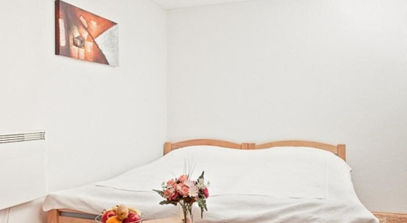 online rezervacije Apartments Castanea