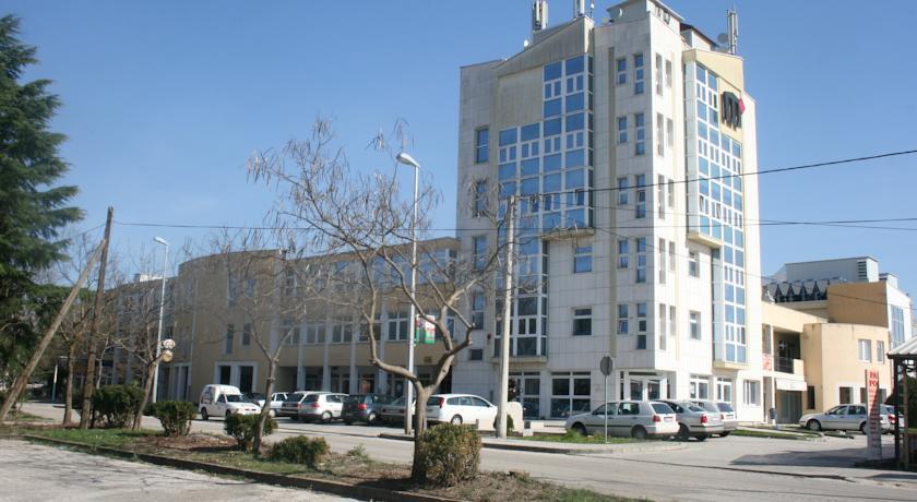 online rezervacije Apartments S Center