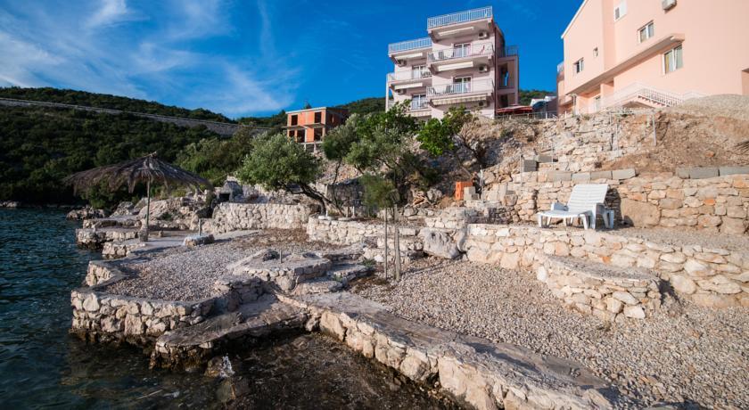 online rezervacije Apartments Villa San