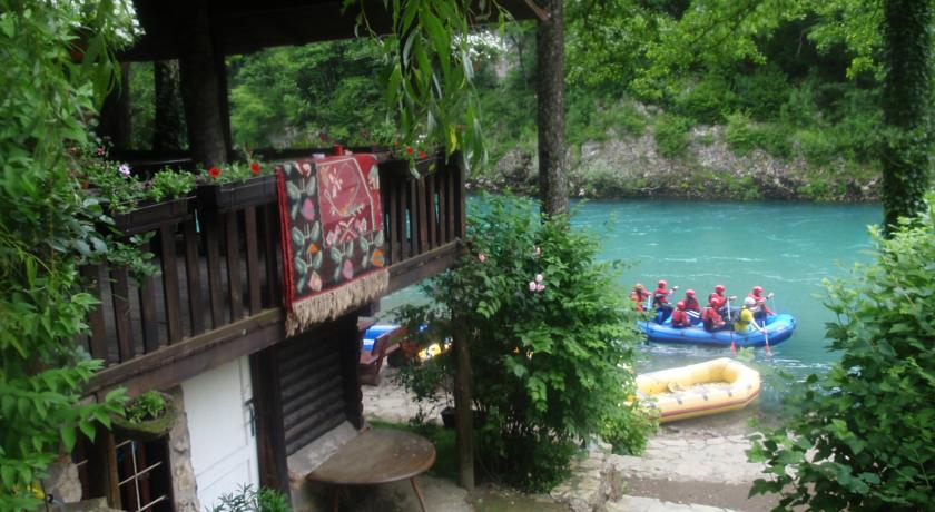 online rezervacije Camping Encijan