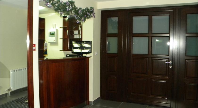 online rezervacije Garni Hotel Ruski Dom