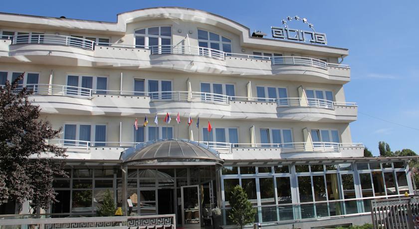 online rezervacije Hotel Atina