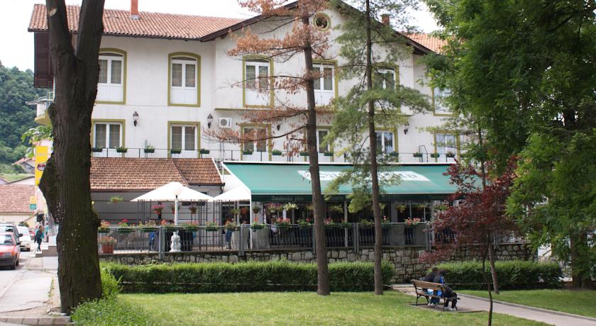 online rezervacije Hotel Tilia