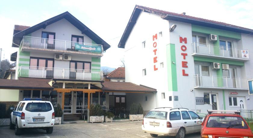 online rezervacije Motel Aura