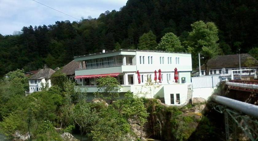 online rezervacije Motel Kobilj