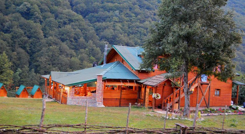 online rezervacije Rafting Camping Hum