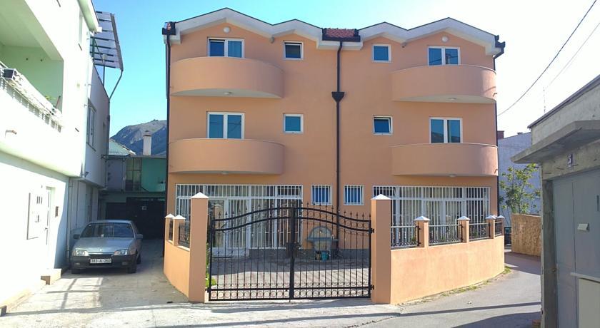 online rezervacije Villa Sann