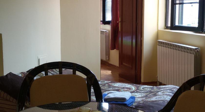 online rezervacije Apartment IRINA