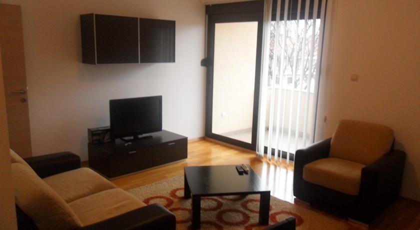 online rezervacije Apartment Radović