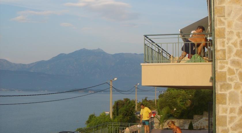 online rezervacije Apartment Tri Kiparisa