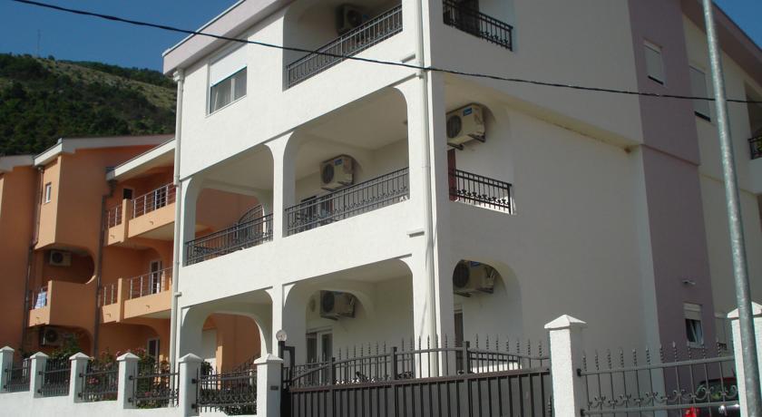online rezervacije Apartment Vedrana