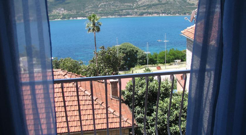 online rezervacije Apartments and Rooms Bumerang