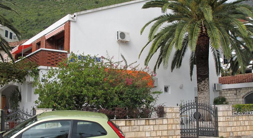 online rezervacije Apartments and Rooms Marina