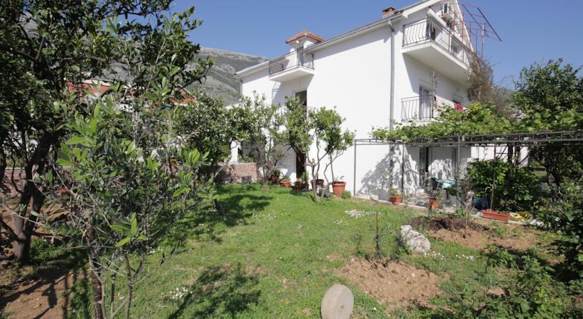 online rezervacije Apartments and Rooms Sole Mar
