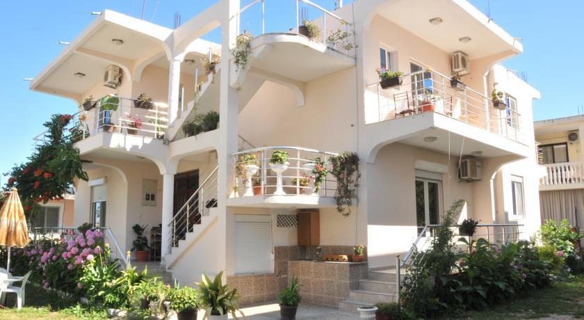online rezervacije Apartments Armini