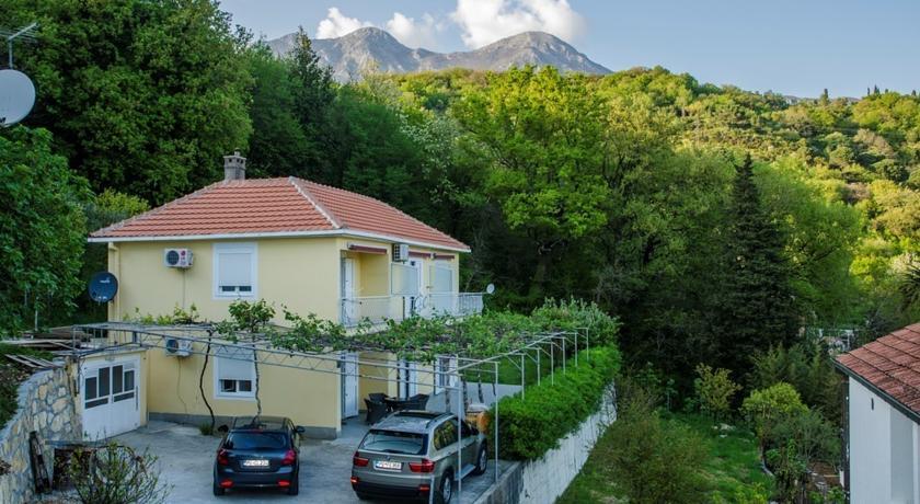 online rezervacije Apartments Begović Zelenika