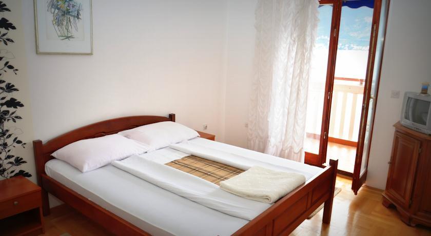 online rezervacije Apartments Cebra