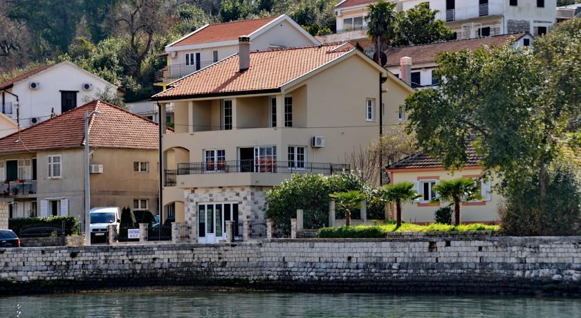 online rezervacije Apartments Ćosović
