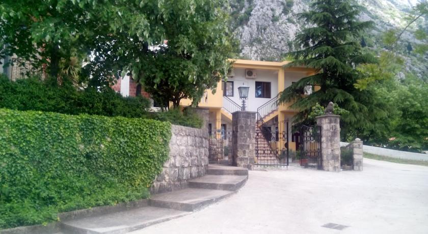 online rezervacije Apartments Dakovic M