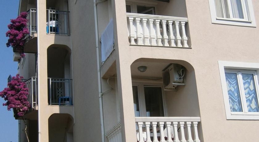online rezervacije Apartments Elena