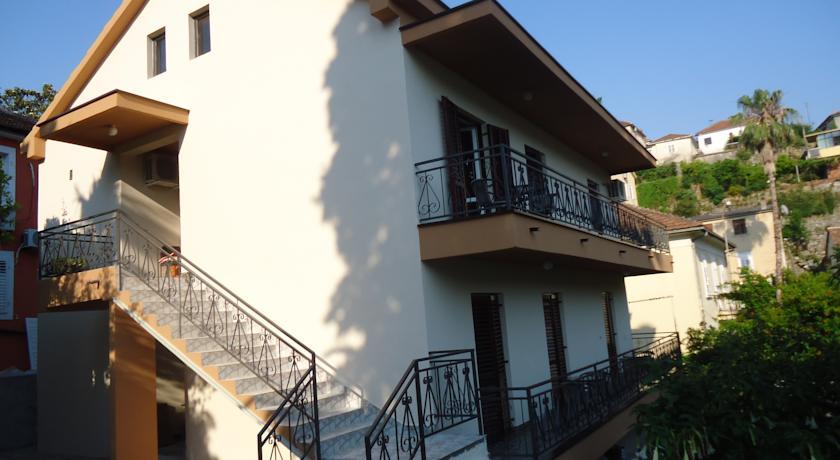 online rezervacije Apartments Forte Mare