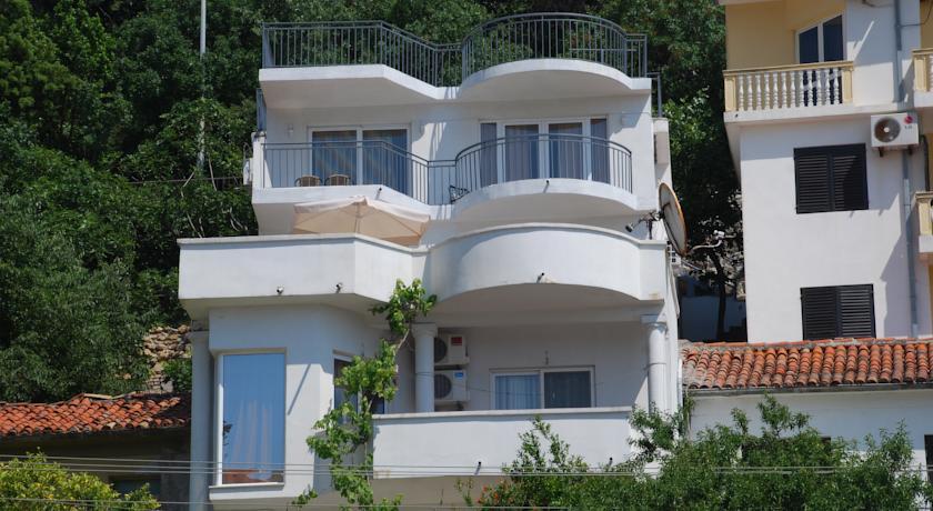 online rezervacije Apartments Ismy