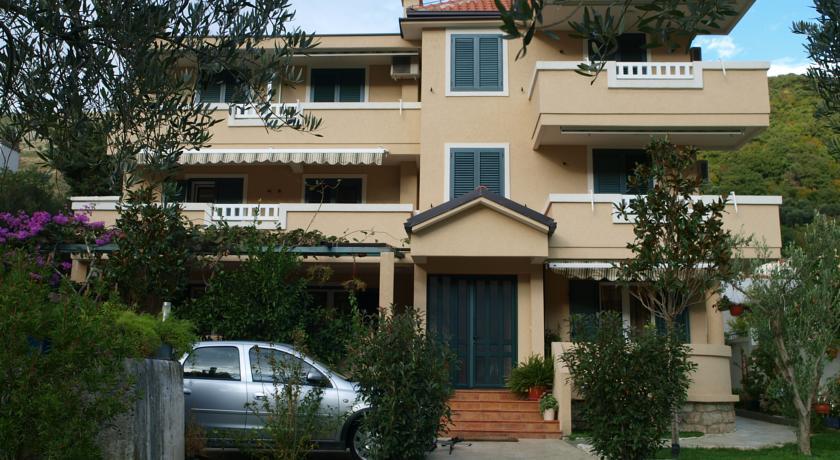 online rezervacije Apartments Laništa Dragović