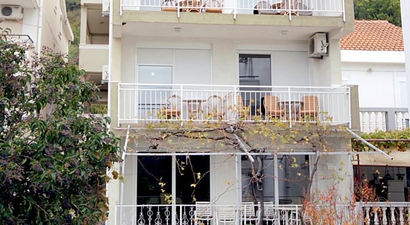 online rezervacije Apartments Neda Bane