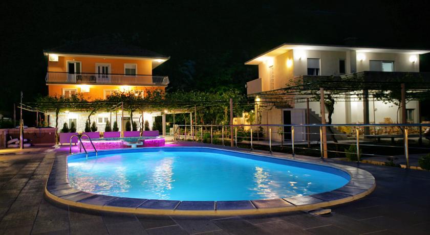 online rezervacije Apartments Obala - Katić