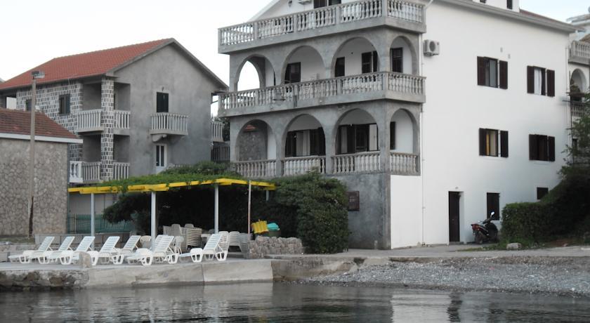 online rezervacije Apartments Petrović