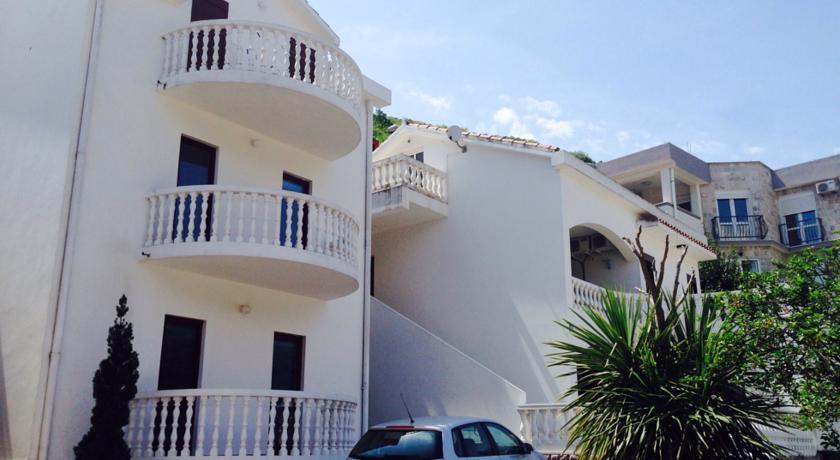 online rezervacije Apartments Svorcan
