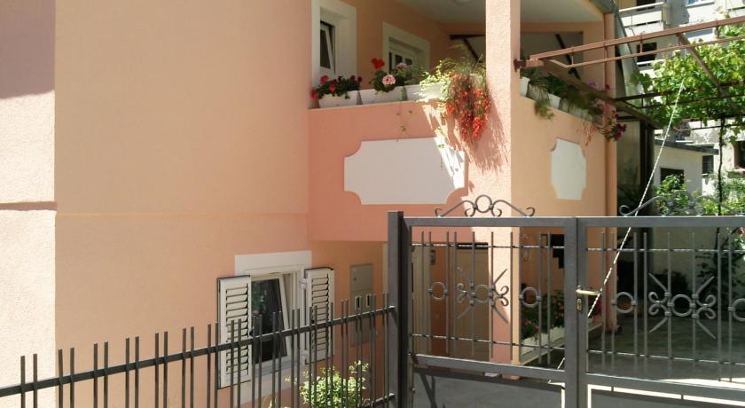 online rezervacije Apartments Topla