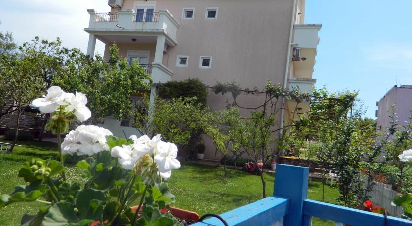 online rezervacije Apartments Villa Andjela