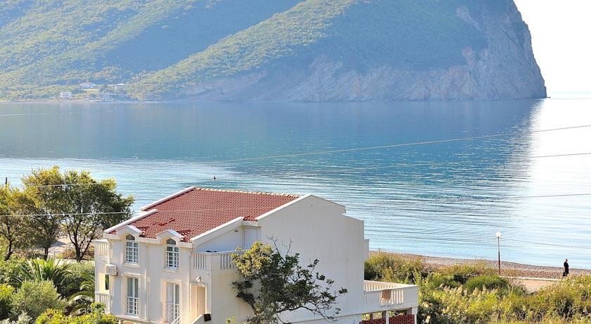online rezervacije Apartments Villa Marija