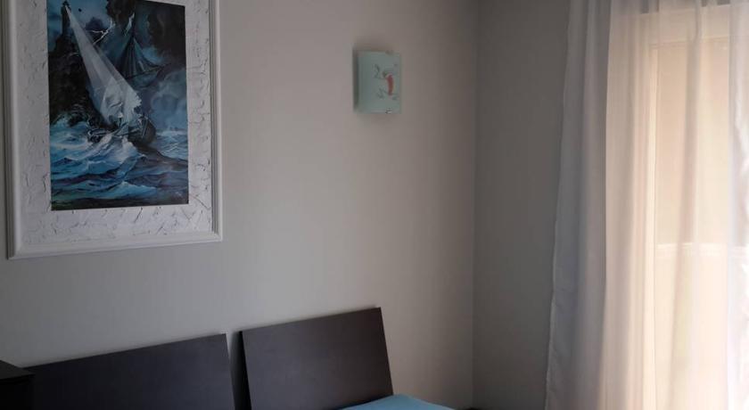 online rezervacije Budva Holiday Home