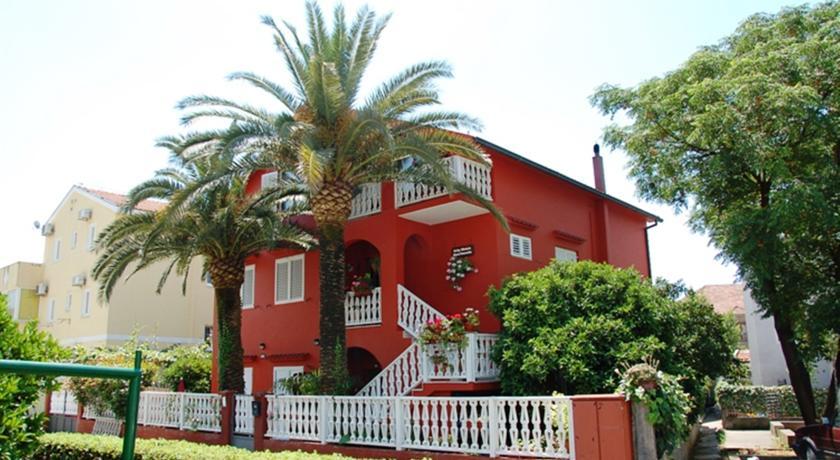 online rezervacije City House Apartments