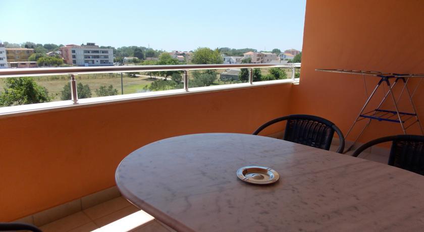 online rezervacije Delfini Apartments