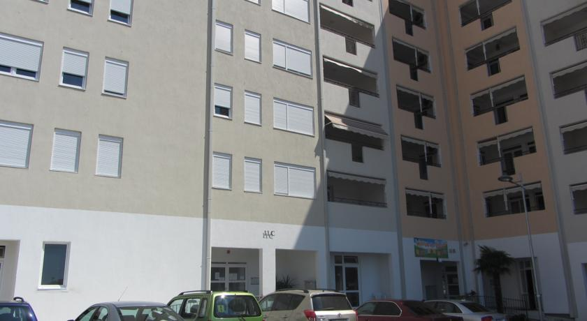 online rezervacije Downtown Studio Apartment