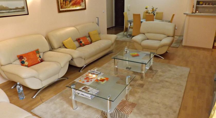 online rezervacije Garden Apartments