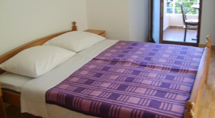 online rezervacije Guest House Lavrovic