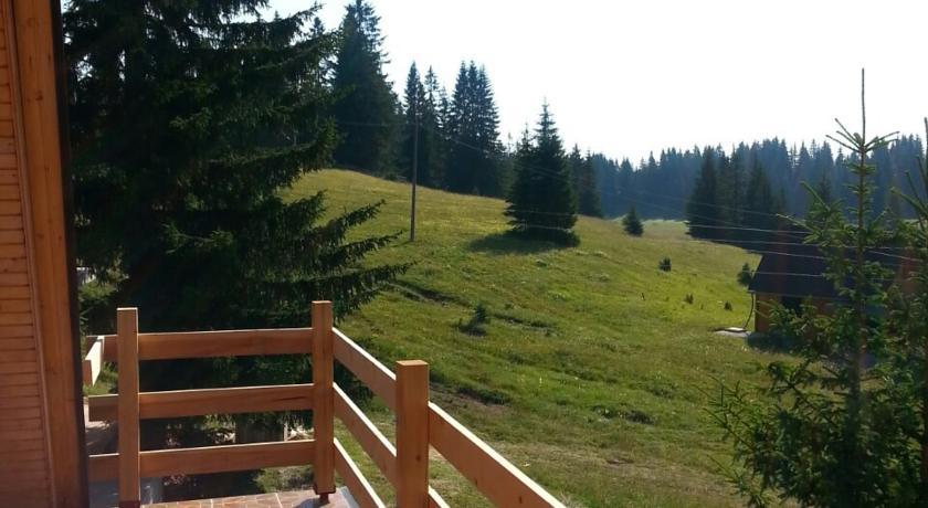 online rezervacije Holiday Home Milovic