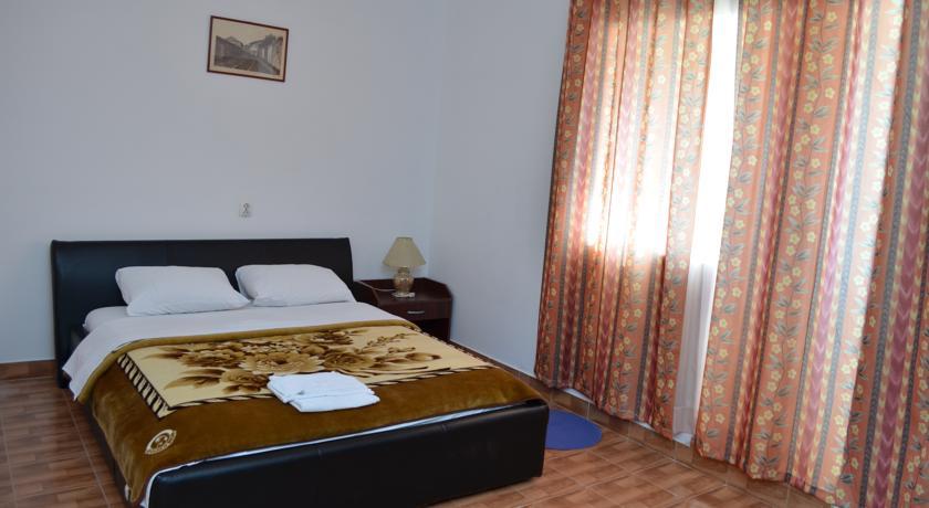 online rezervacije Hostel Bus&Train