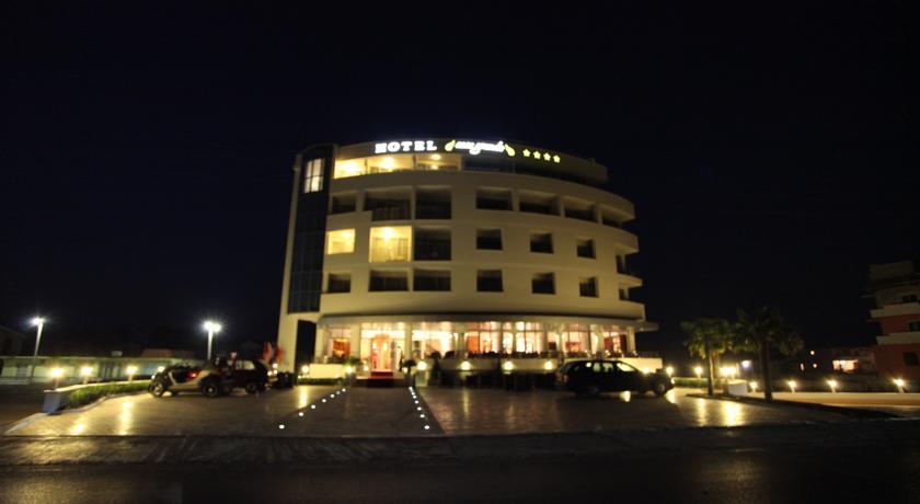 online rezervacije Hotel Grand