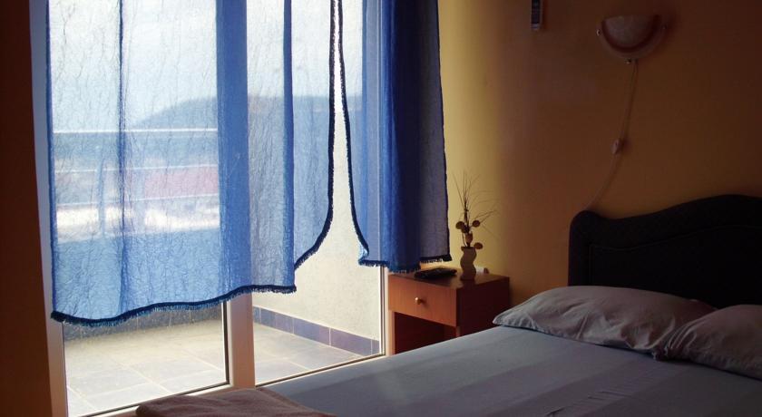 online rezervacije Hotel Jadran