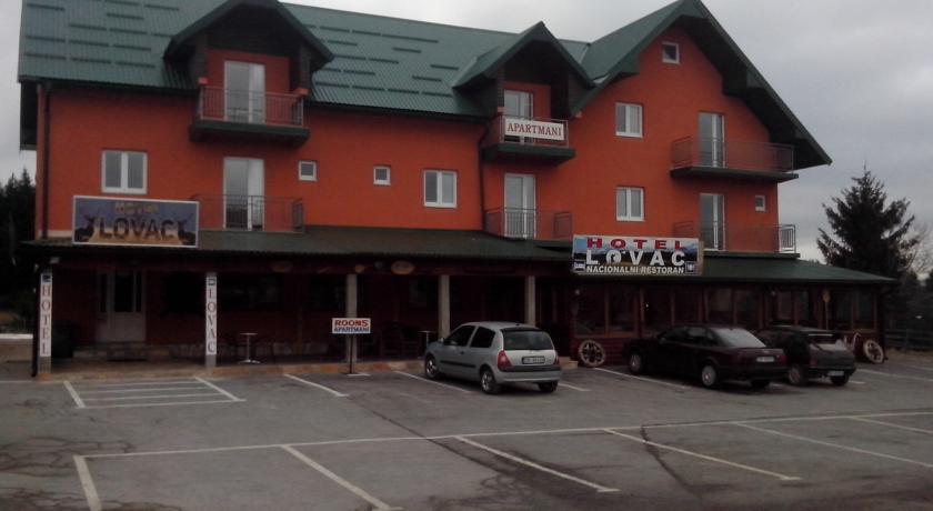 online rezervacije Hotel Lovac