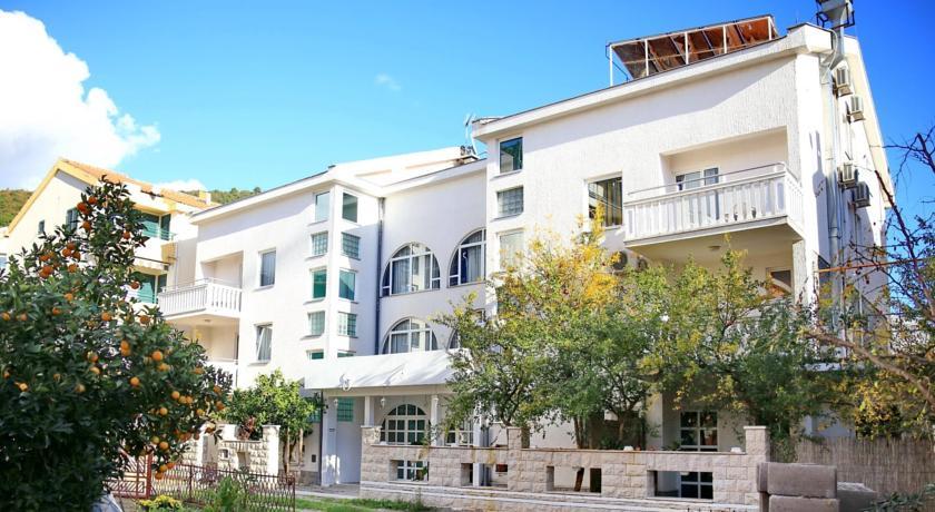 online rezervacije Hotel Škanata