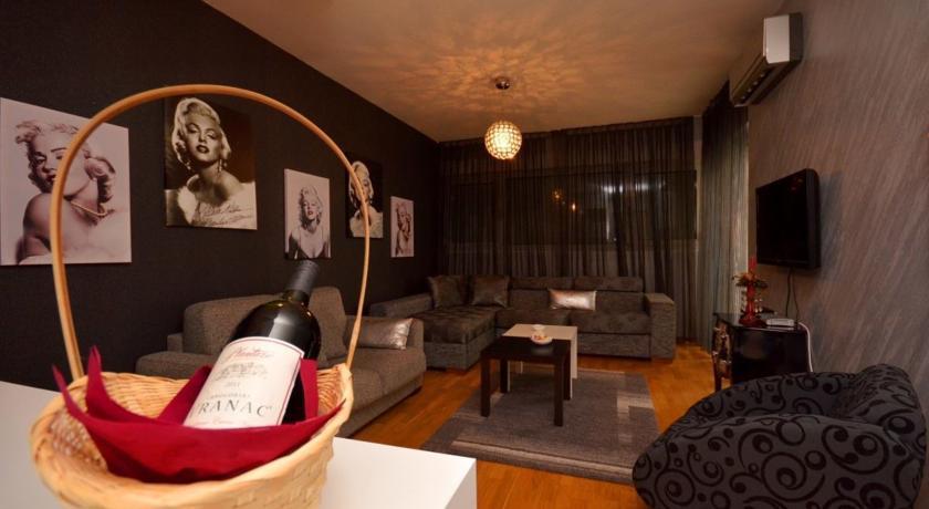 online rezervacije Marilyn Apartment