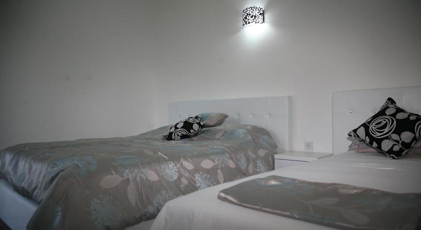 online rezervacije Queen Kodre Guest House
